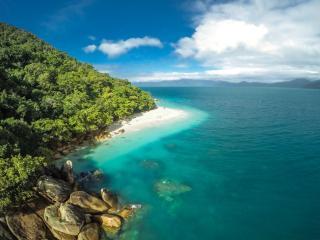 Nudey Beach - Fitzroy Island